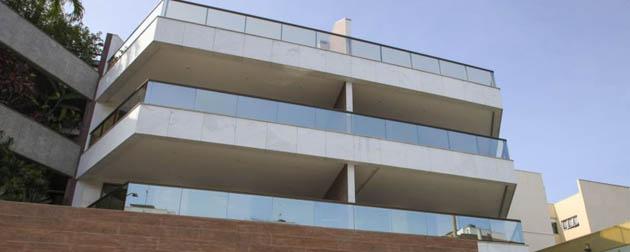 Boa Hora Imobiliária | Apartamentos 3 quartos com suíte, varanda gourmet, wc e duas vagas. Coberturas lineares 3 suítes, lavado, dependência e 3 vagas na garagem no Recreio dos Bandeirantes, Rio de Janeiro - RJ
